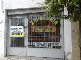 Tapia de Cruz 222.