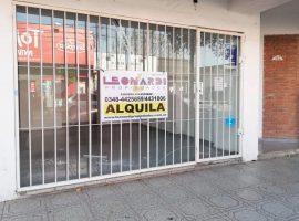 Av. 25 de Mayo Nº 763 Local.
